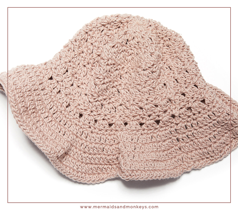 The Primrose Stitch Sun Hat is perfect for as an extra shield against the bright rays. #crochethat #crochetpattern #crochetlove #crochetaddict