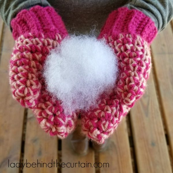 Easy Two Toned Crochet Mittens