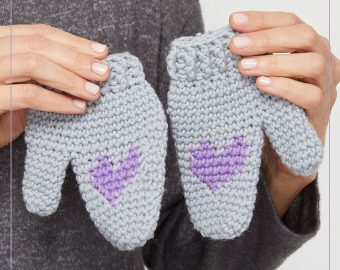 Kid's Heart Mittens Crochet Pattern