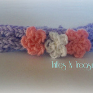 Precious Posies Headband - This list of unique crochet baby headbands for girls are sweet and simple. You can whip these free crochet patterns up in no time, and there are so many options. #CrochetBabyHeadbands #BabyHeadbandPatterns #FreeCrochetPattern