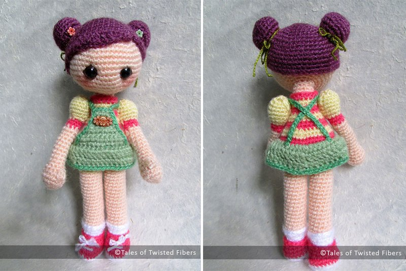 Cookie the Amigurumi Girl - These free crochet doll patterns are a mix of amigurumi patterns and other techniques. Create your own world with dolls that will take you on a journey. #AmigurumiPatterns #CrochetDollPatterns #FreeCrochetPatterns