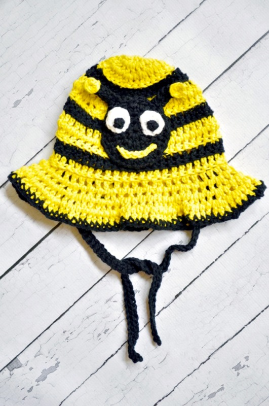 Bumblebee Sun Hat - All of these cute patterns are unique and come in a range of sizes. Pick a crochet hat pattern your kid will love and go with it. #SummerCrochetHat #CrochetPatterns #FreeCrochetHats