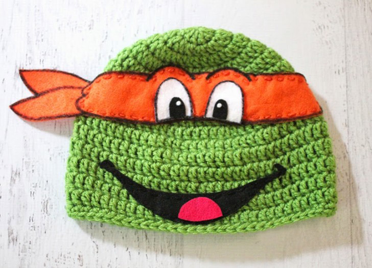 Crochet Ninja Turtle Hat - If you're looking for something to wear for your children this Halloween, these 13 spooky crochet hat patterns for kids is a start. #kidscrochethat #crochethatpatterns #spookycrochethat