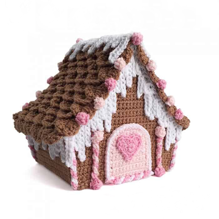 Candy Cottage Gingerbread House - Fill this holiday season with crochet toy projects that will fill your home with more joy than ever before. #crochettoys #christmastoys #crochetamigurumi
