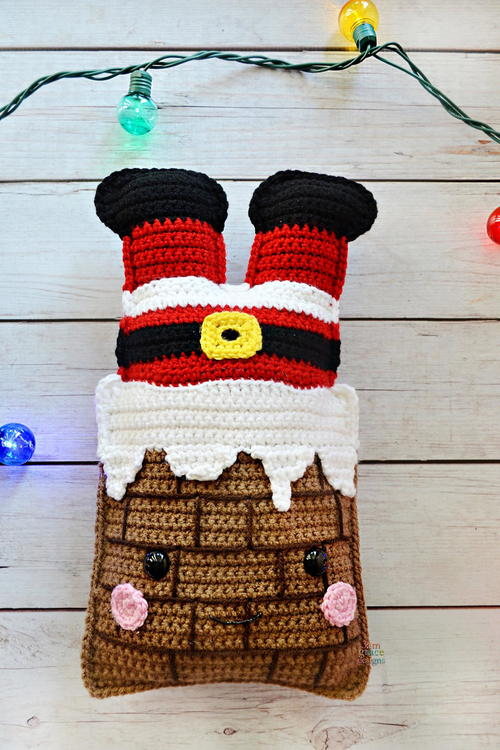 Chimney Santa Kawaii Cuddler - Fill this holiday season with crochet toy projects that will fill your home with more joy than ever before. #crochettoys #christmastoys #crochetamigurumi