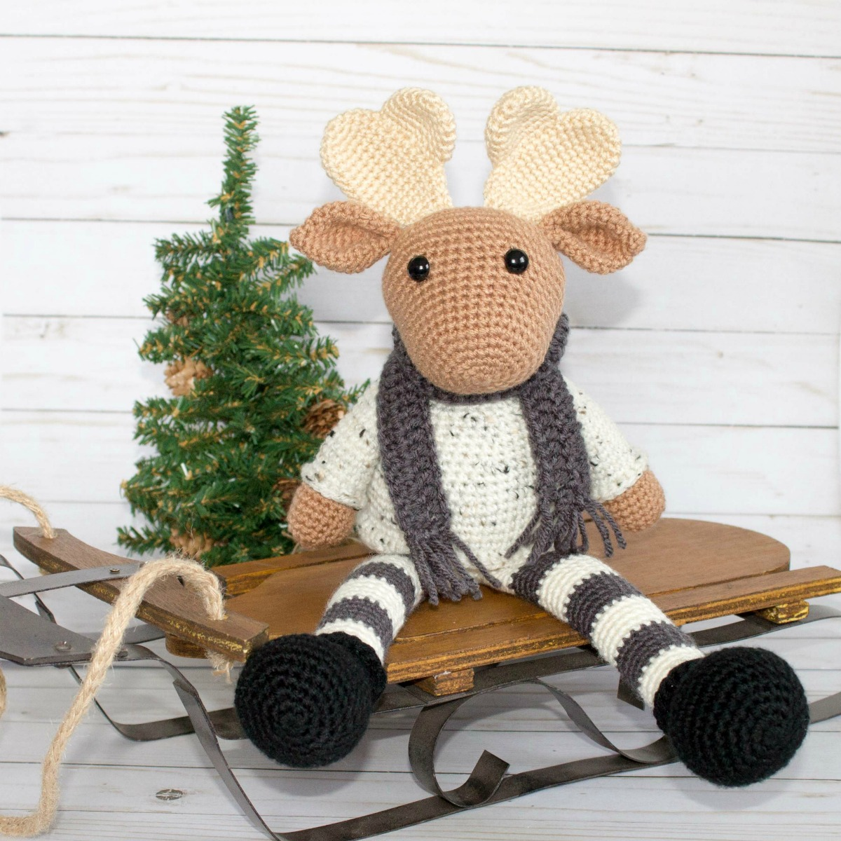Crochet Moose - Fill this holiday season with crochet toy projects that will fill your home with more joy than ever before. #crochettoys #christmastoys #crochetamigurumi
