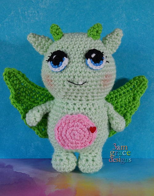 Dylan the Valentine Dragon - One way you can show your love for kids this Valentine's is by crocheting these simple crochet patterns. #simplecrochetpatterns #crochetpatterns #kidscrochetpatterns