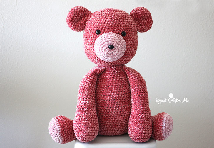 Red Velvet Crochet Teddy Bear - One way you can show your love for kids this Valentine's is by crocheting these simple crochet patterns. #simplecrochetpatterns #crochetpatterns #kidscrochetpatterns